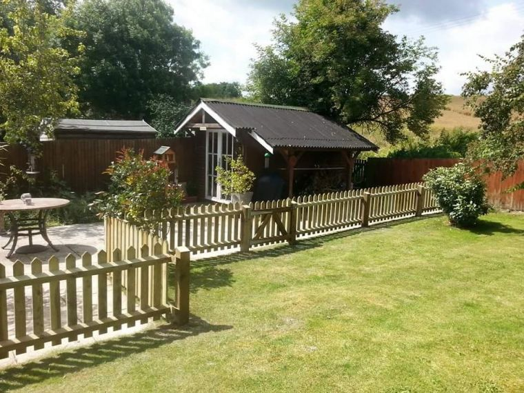 Picket fencing and gate! Stoford.