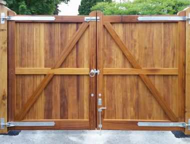 Hardwood Gates in Larkhill
